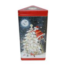 Grandma Wild's - Triangular Santa up a Christmas Tree Tin 150g  (Mikulás a fán háromszög fémdoboz Clotted Cream keksszel) 150g